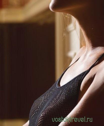 Мастурбация члена грудью в Бессарабке